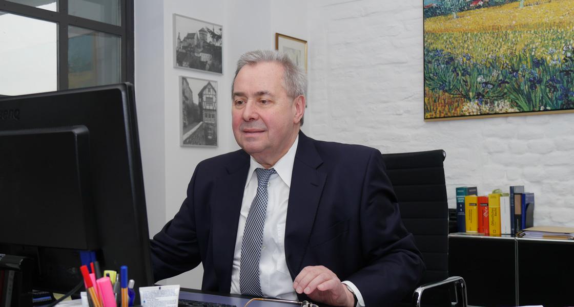 Prof. Dr. Herbert Limpens